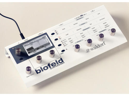 blofeld_desktop_white_top