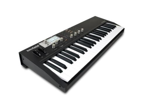 blofeld_keyboard_black_angle