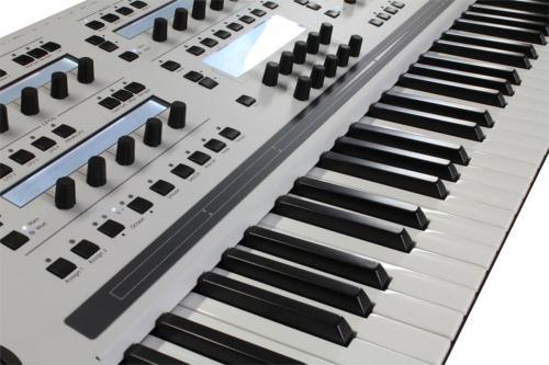 solaris_whitegray_keyboard